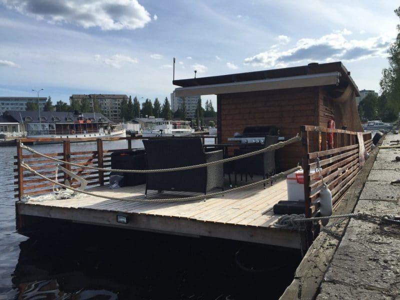 Tilava saunalautta kesäjuhliin